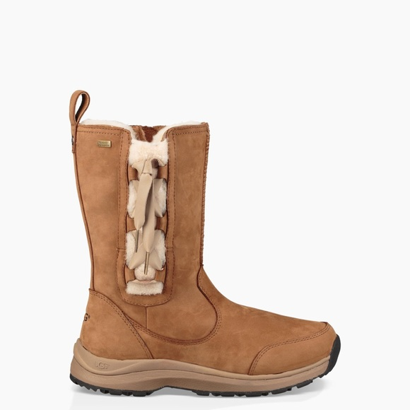 2d913079ffe Ugg Suvi- next day shipping NWT